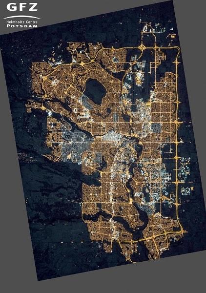 Город Калгари, Канада 2015г. Фото с МКС после повсеместного внедрения LED светильников